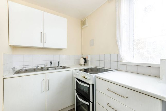 Thumbnail Flat to rent in Cheltenham Road, Nunhead