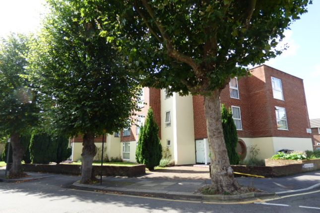 Thumbnail Flat for sale in Abbey Road, Enfield