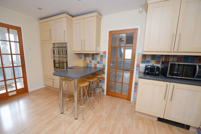 Kitchen of Deerlands Road, Chesterfield S40