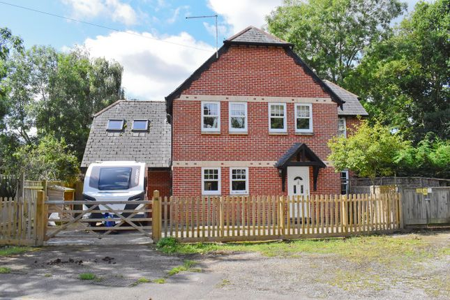 Thumbnail Detached house for sale in Fathersfield, Brockenhurst