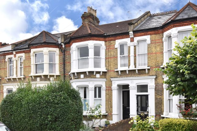 2 bed flat for sale in Beecroft Road, London SE4