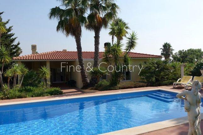 Villa for sale in Lagoa E Carvoeiro, Lagoa E Carvoeiro, Lagoa (Algarve)