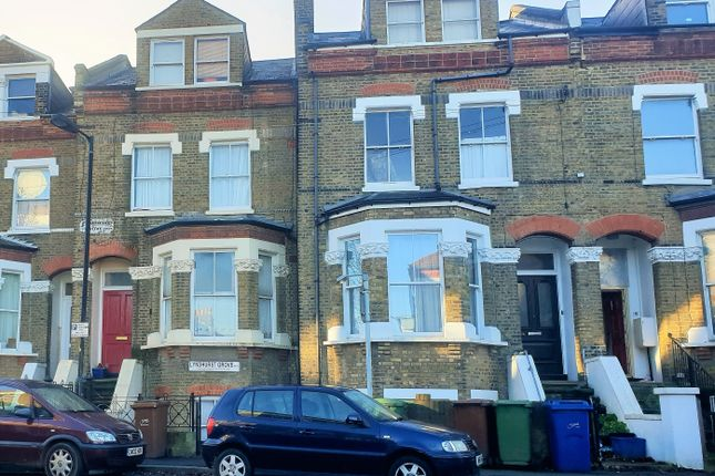 Thumbnail Shared accommodation to rent in Lyndhurst Grove, London