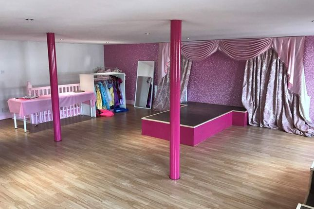 Thumbnail Leisure/hospitality for sale in Stockport SK2, UK