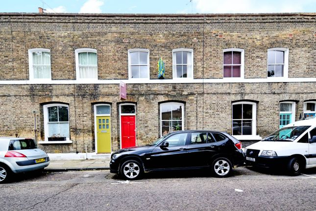 Thumbnail Property to rent in Quilter Street, Shoreditch