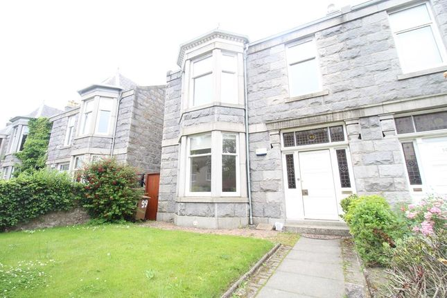5 bed semi-detached house to rent in Forest Avenue, Aberdeen AB15