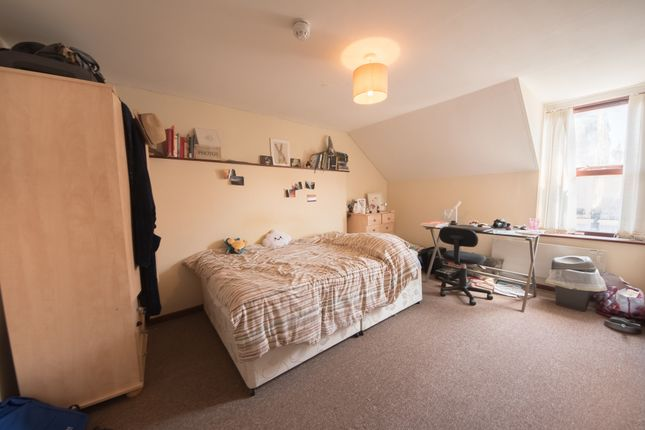 Thumbnail Flat to rent in Great Darkgate Street, Aberystwyth