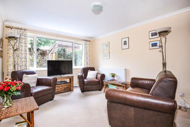 Thumbnail Maisonette to rent in Northwood, Greater London