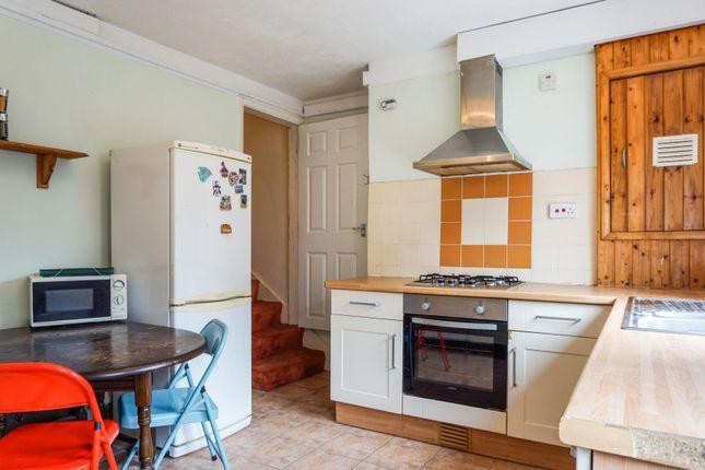Kitchen of Britannia Terrace, Gainsborough DN21