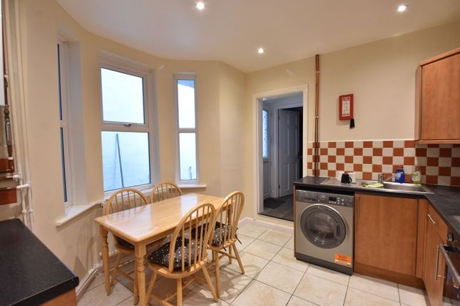 Thumbnail Terraced house to rent in Windmill Road, Luton