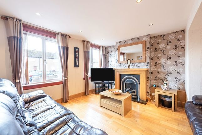 Lounge of Fintry Drive, Dundee DD4