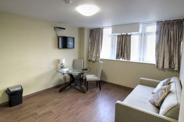 106 Daniel House Lounge 1.1