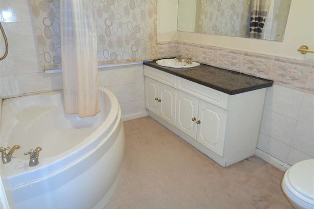 Bathroom of Stechford Road, Hodge Hill, Birmingham B34