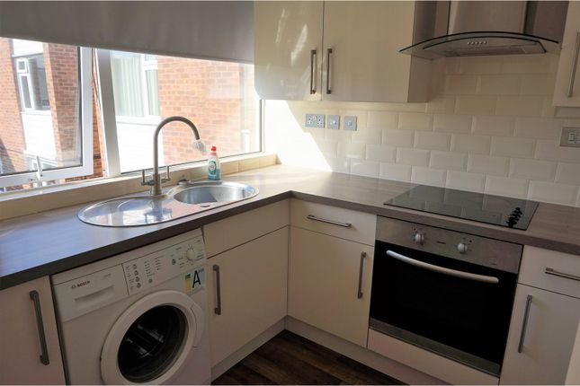 Thumbnail Flat to rent in Martin Lane, Rugby