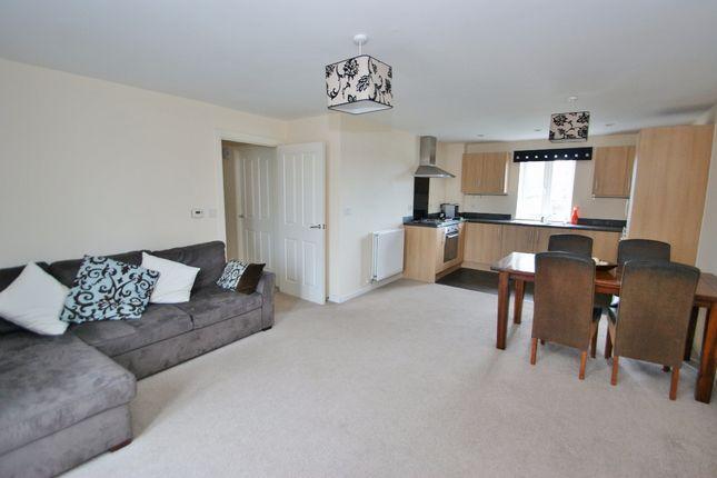 Thumbnail Flat for sale in Greystones, Willesborough, Ashford, Kent