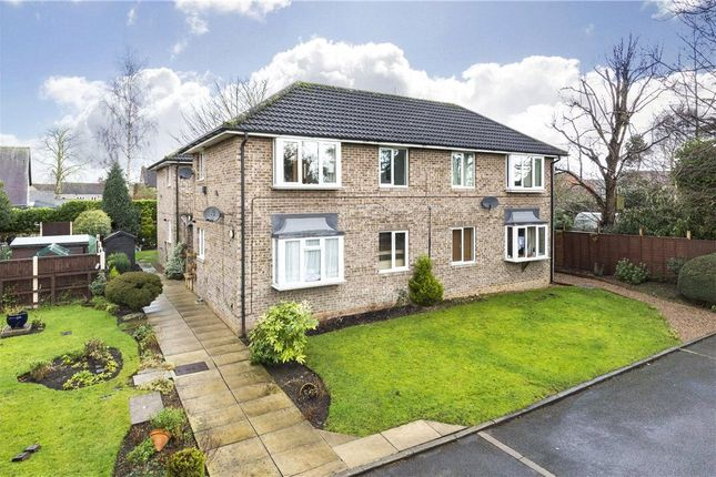 Flat for sale in Manor House Croft, Leeds, West Yorkshire