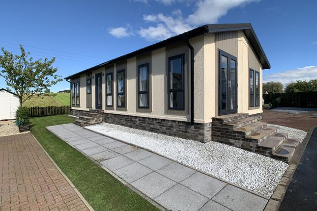 Thumbnail Bungalow for sale in Burnhouse, Beith