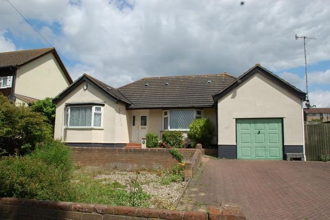 Thumbnail Bungalow to rent in St. Andrews Avenue, Colchester