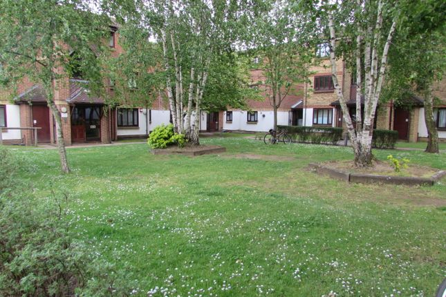 Thumbnail Flat for sale in Alliance Close, Wembley