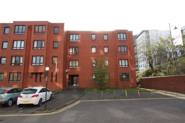Thumbnail Flat for sale in New City Road, Glasgow