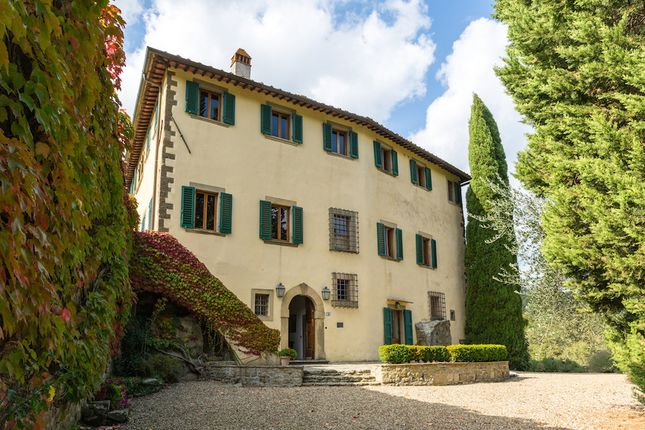 Villa for sale in Greve, Tuscany, Italy