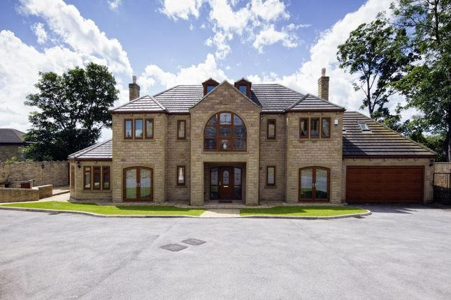 Thumbnail Detached house for sale in The Reynards, Mirfield, West Yorkshire