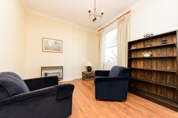Flat to rent in Leamington Road Villas, Notting Hill