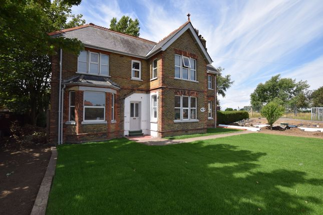 Thumbnail Detached house for sale in Golf Road, Deal