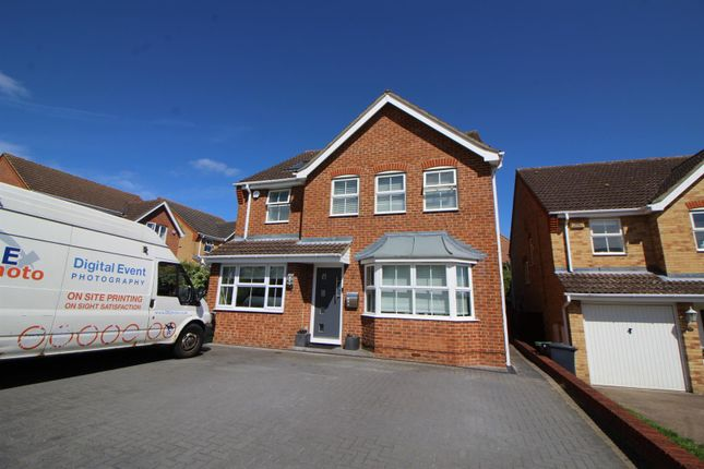 Thumbnail Detached house for sale in Bloomfield Road, Cheshunt, Waltham Cross