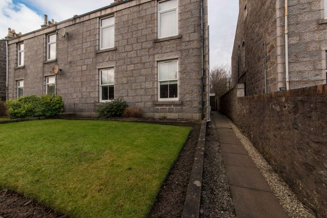 Thumbnail Flat for sale in Irvine Place, Aberdeen, Aberdeenshire