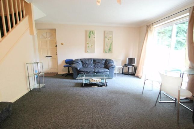 Thumbnail Terraced house to rent in Davies Court, High Wycombe