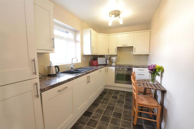 Thumbnail Flat to rent in Bells Hill, Barnet, Hertfordshire