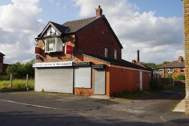 Thumbnail Flat to rent in Barton Road, Farnworth