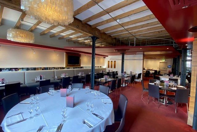 Thumbnail Restaurant/cafe to let in Western Gateway, London