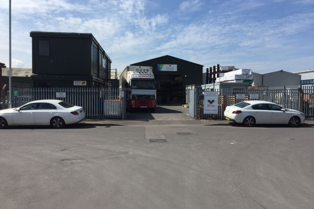 Thumbnail Warehouse to let in Robins Drive, Bridgwater
