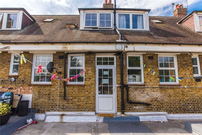 Thumbnail Flat for sale in Bromley Road, Bromley, Kent