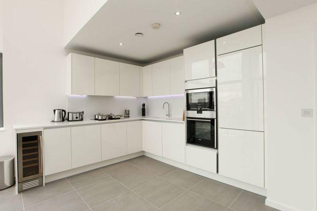 Thumbnail Flat to rent in Ewer Street, Southwark