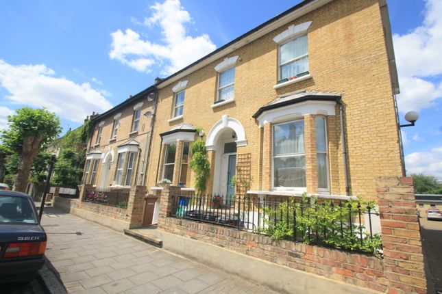 Thumbnail Flat to rent in Goulton Road, Hackney