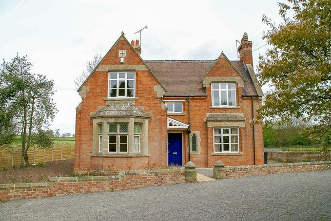 Thumbnail Detached house to rent in Coventry Road, Princethorpe, Rugby