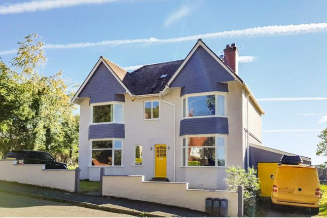 Thumbnail Detached house for sale in Grosvenor Road, Llandrindod Wells, Powys