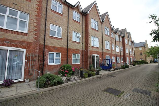 Thumbnail Property for sale in Godfreys Mews, Chelmsford