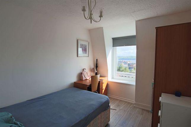 Bedroom 1 of Victoria Road, Dundee DD1