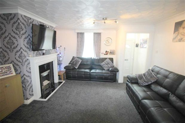 Living of Grove Street, Leyland PR25