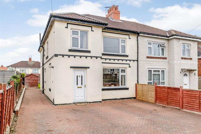 4 bed semi-detached house for sale in Barleyfields Road, Wetherby