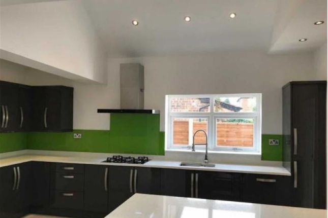 Thumbnail Semi-detached house for sale in Uplands Avenue, Hitchin