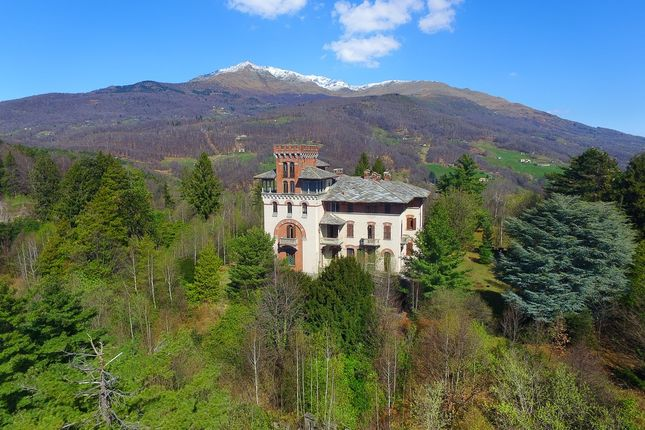 10 bed château for sale in Torino, Turin City, Turin, Piedmont, Italy