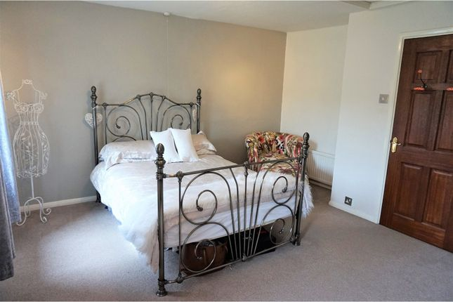 Dean Lane Keighley Bd22 5 Bedroom Farmhouse For Sale 43738094 Primelocation