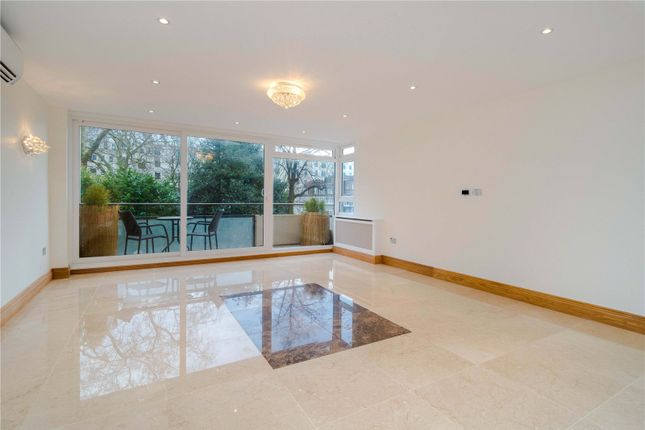 Thumbnail Flat for sale in Sussex Square, London