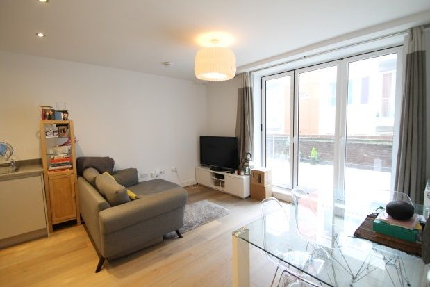 Thumbnail Flat to rent in Knoll Rise, Orpington