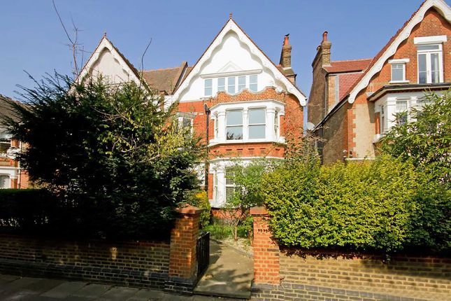 Thumbnail Property to rent in Twyford Crescent, London